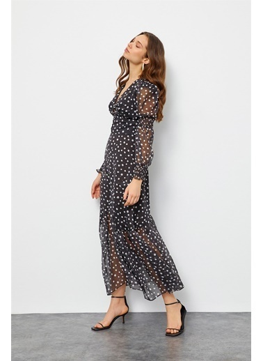 Setre Siyah-Beyaz V Yaka Puantiyeli Elbise Siyah